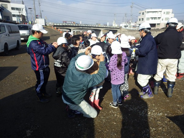 河川工事見学を行いました!